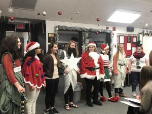 Cantando canciones de la Navidad