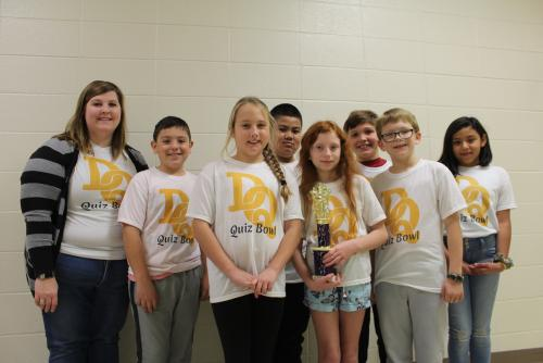 The 4th grade GT Quiz Bowl team came in 4th in the Ashdown Quiz Bowl of 2019.