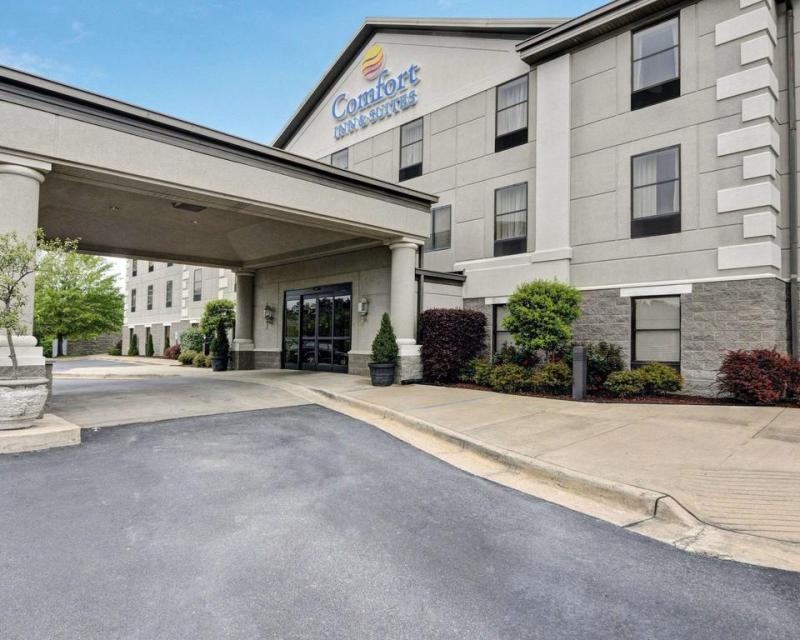 An image showing Comfort Inn & Suites