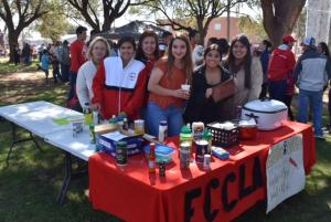 Maize Day's fundraiser - FCCLA sells Elotes/corn