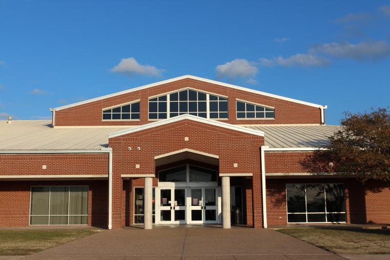Landscape View facing Groesbeck High School