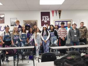2019-2020 -- 7th Period English IV