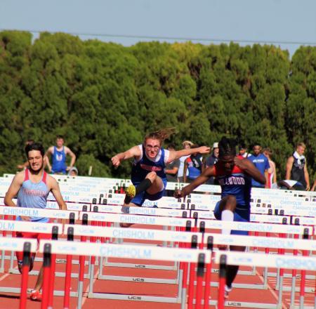 Ashton Yates hurdles