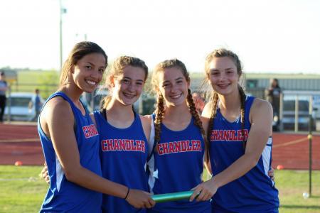 800m relay team