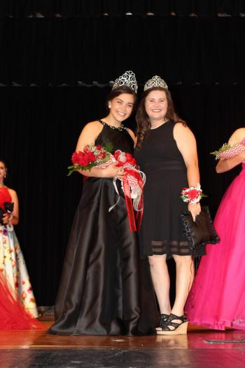 Cheyenne Leach 2019 Bruin Queen with Liberty Waters 2018 Bruin Queen