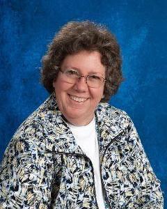 Carly Haynes, member