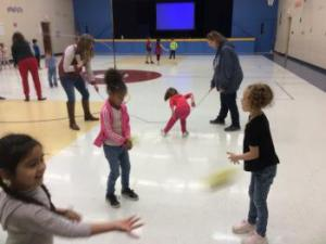 KINDERS PLAYING CATCH!