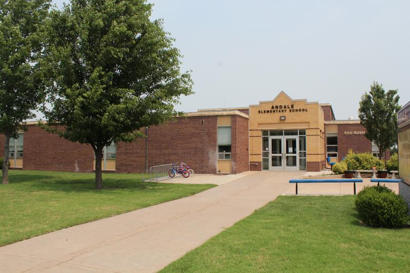 Landscape View facing Andale Elementary School