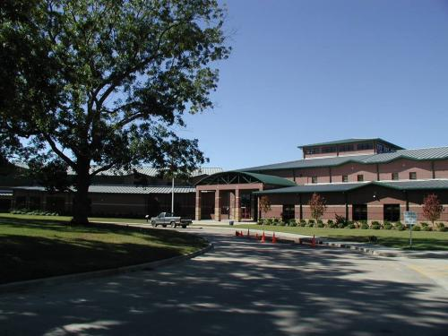 Livingston Junior High School campus