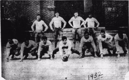 1932 Lions Football Team