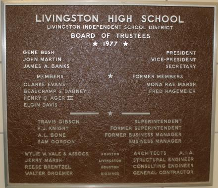 Photo of the 1977 plaque at Livingston Intermediate
