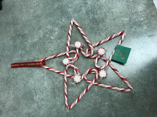 Heart Wreaths are $6