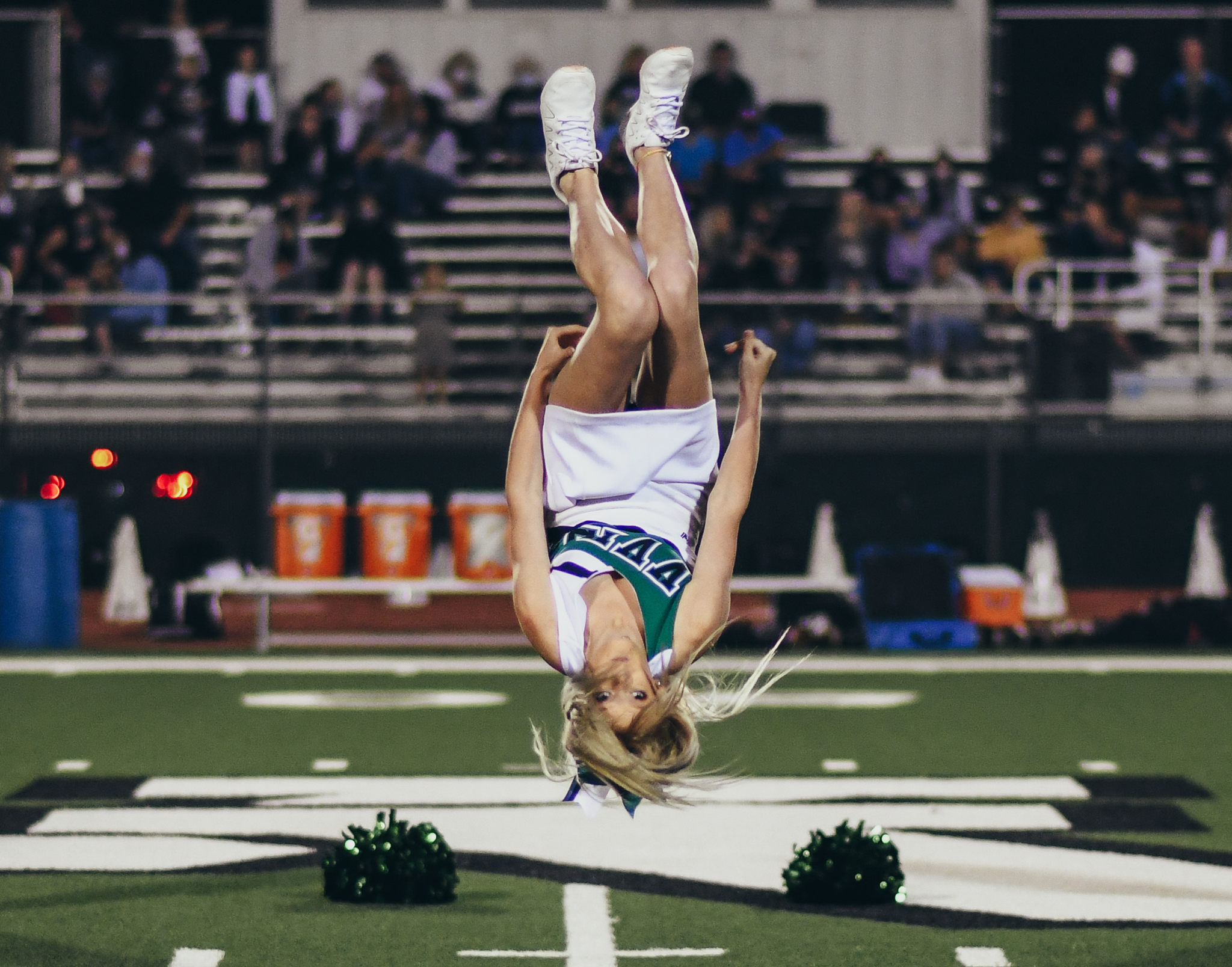 cheerleader flipping