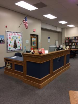 Circulation desk 12-4-17