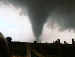 Tornado west of Ada, May 2011