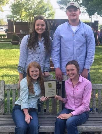FFA Livestock Judging Team Qualifies for State