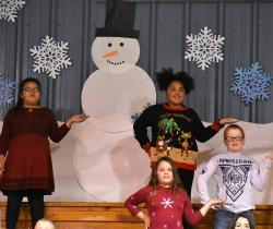 Elementary Music Students Celebrate the Season