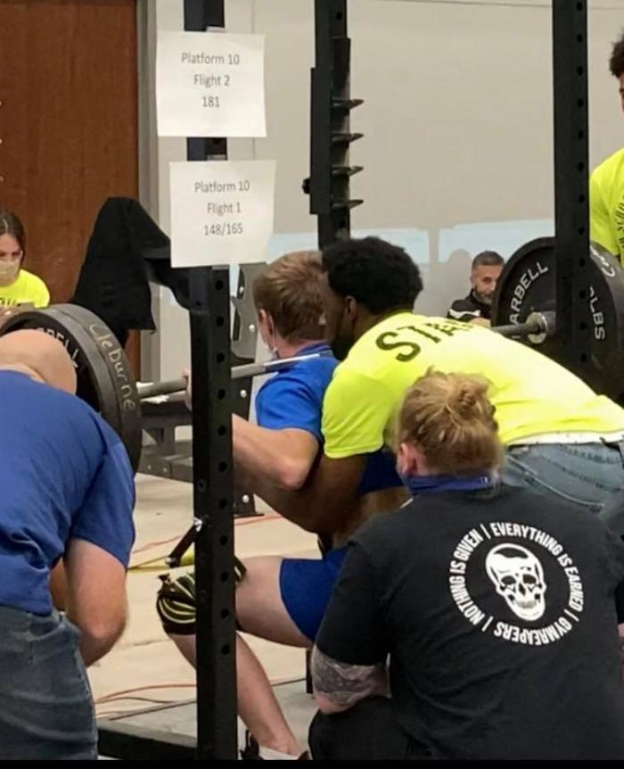 Vidler Sets Personal Records at State Powerlifting