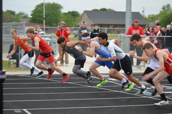 Track Athletes Compete at Area and Advance to 2A Region II Meet