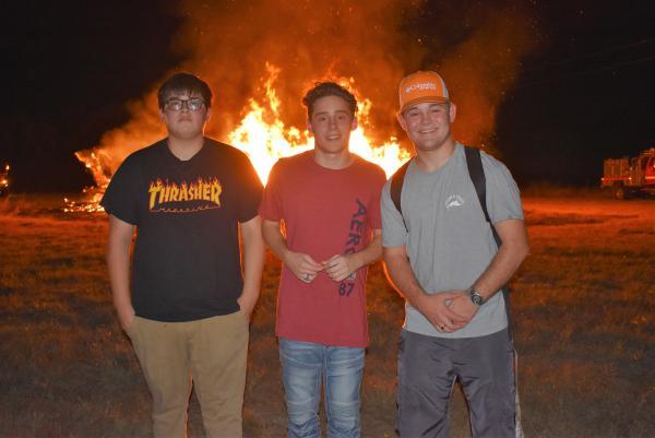 Senior Homecoming Bonfire 2019