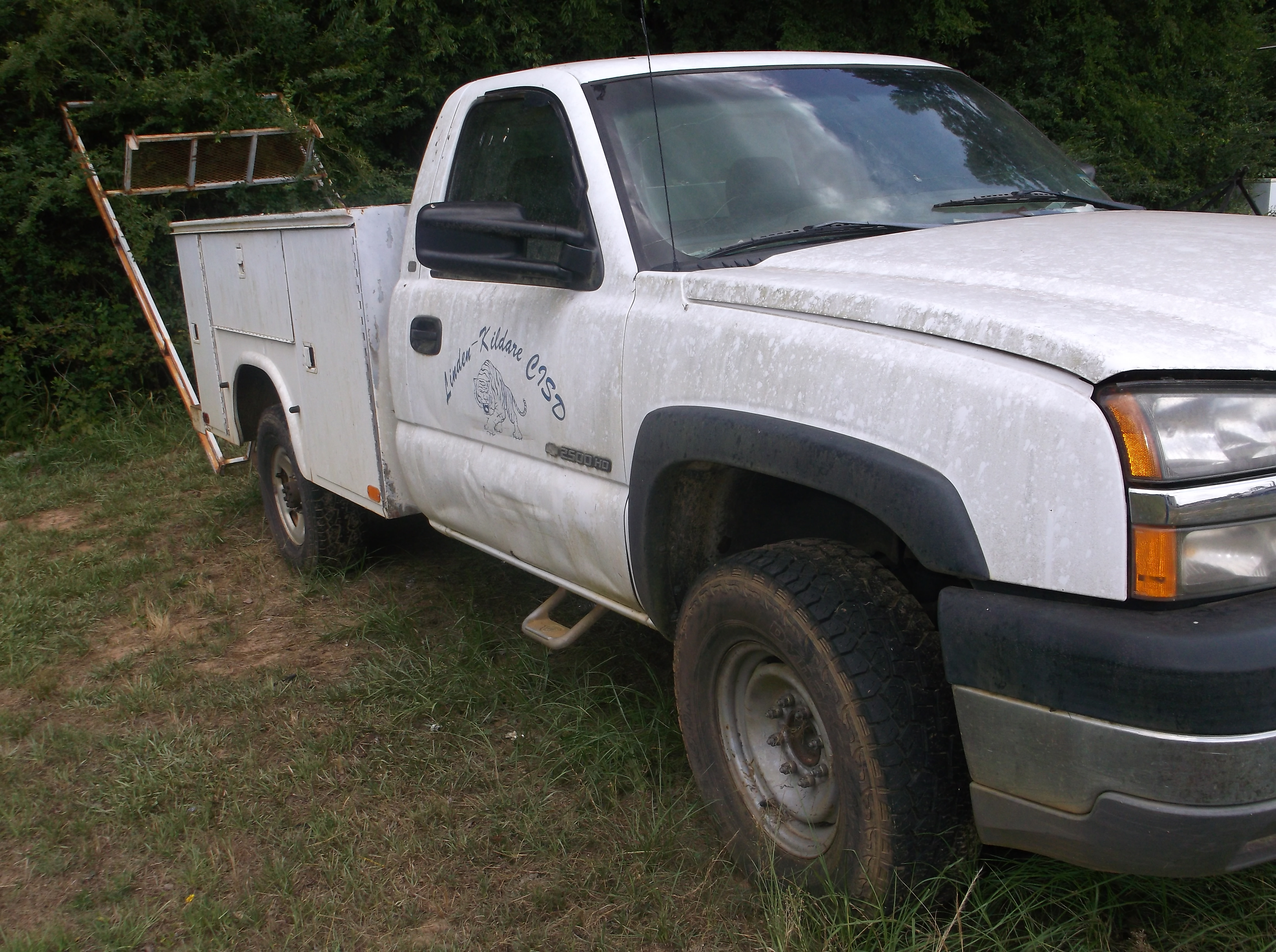 Chevy 2500HD Work Truck