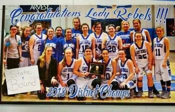 18-19 Westside Girls Basketball District Champs