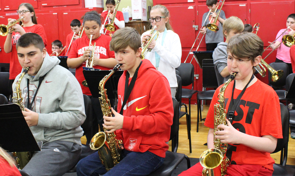 RMS pep band plays for ball game