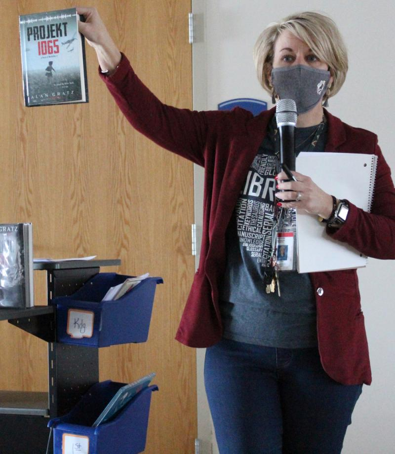CES students ask questions of author Alan Gratz