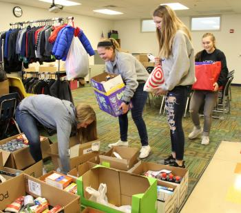 Community in schools food drive 2018