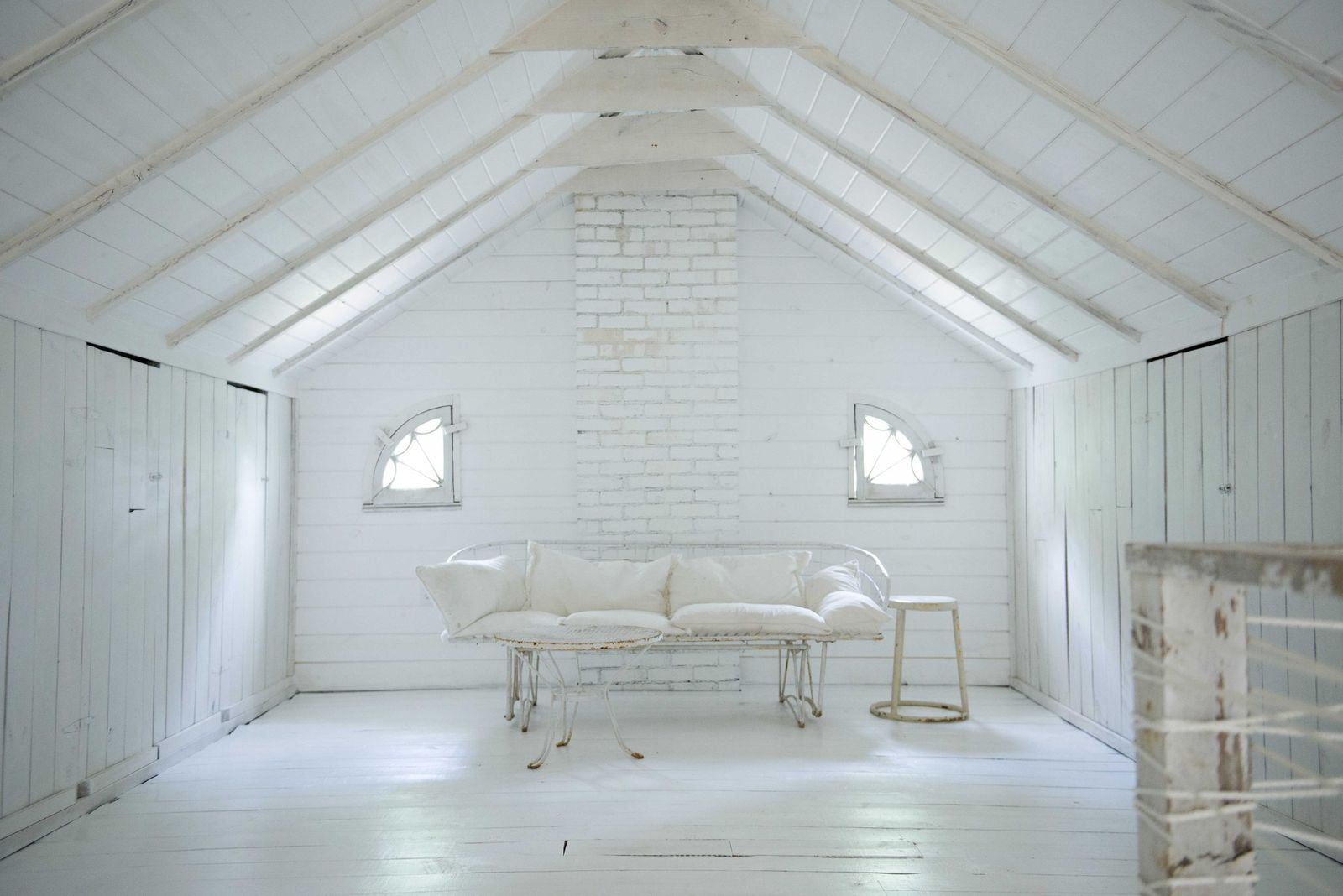 Leanne Ford Interior Design: White on White!