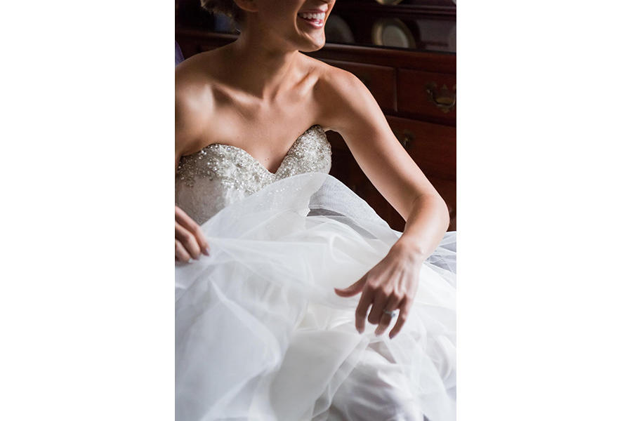 wedding photography bridal prep