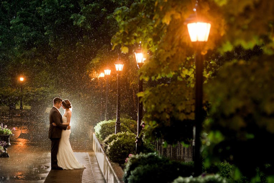 rain wedding photography