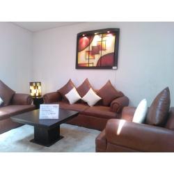 Quality muebles ubicaci n yatvii for Muebles de oficina quality