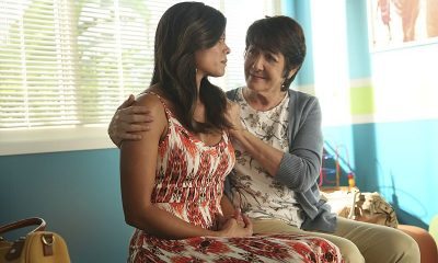"Jane The Virgin -- ""Chapter Twenty-Three"" (L-R): Andrea Navedo as Xo and Ivonne Coll as Alba -- Photo: Patrick Wymore/The CW © 2015 The CW Network"
