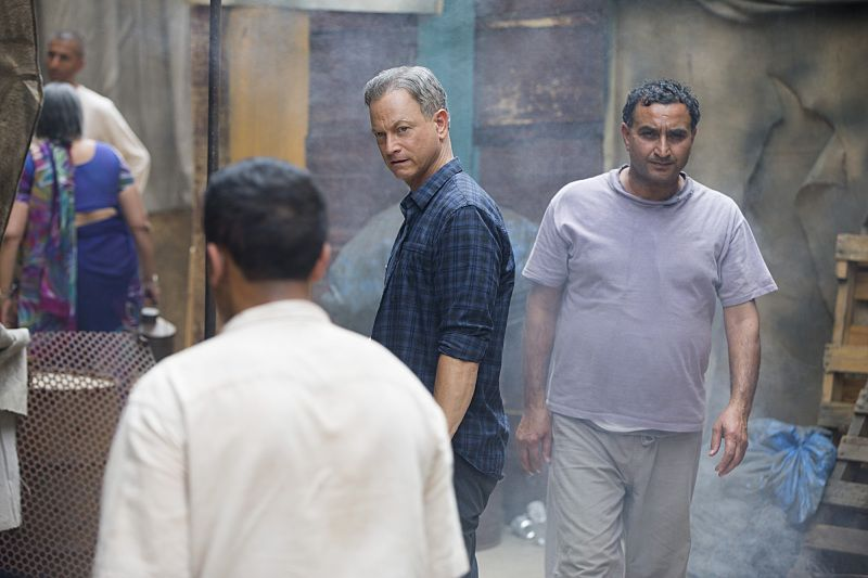 """""""Harvested"""" """"Harvested"""" -- When an American man attending a festival in Mumbai wakes up missing a kidney and his friend gone, the International Response Team's investigation leads them to suspect the UnSub is more than just trading organs on the Black Market, on CRIMINAL MINDS: BEYOND BORDERS, Wednesday, March 23 (10:00-11:00 PM, ET/PT) on the CBS Television Network.Pictured: Gary Sinise as Jack Garrett.    Photo: Monty Brinton/CBS  ©2015 CBS Broadcasting, Inc. All Rights Reserved"""
