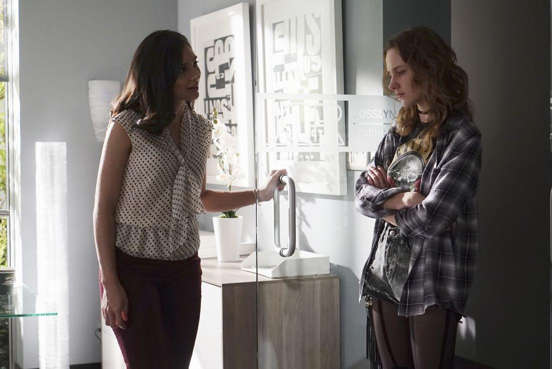 Mistresses season 4 episode 8 photos bridge over troubled for H2o season 4 episode 1