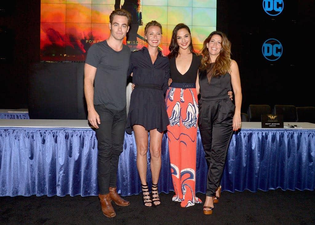 Wonder Woman San Diego Comic Con 2016-02