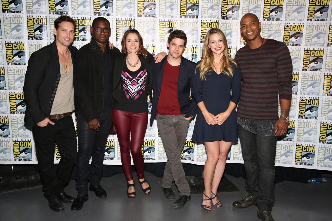 Supergirl Cast Comic Con