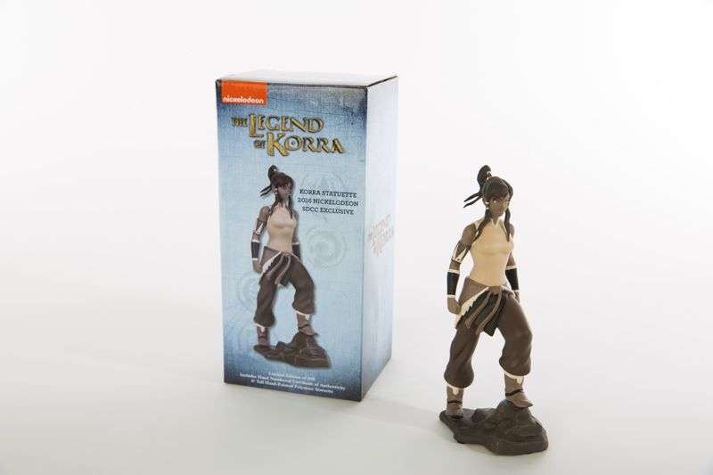 SDCC 2016_Nick_Korra Box and Statuette
