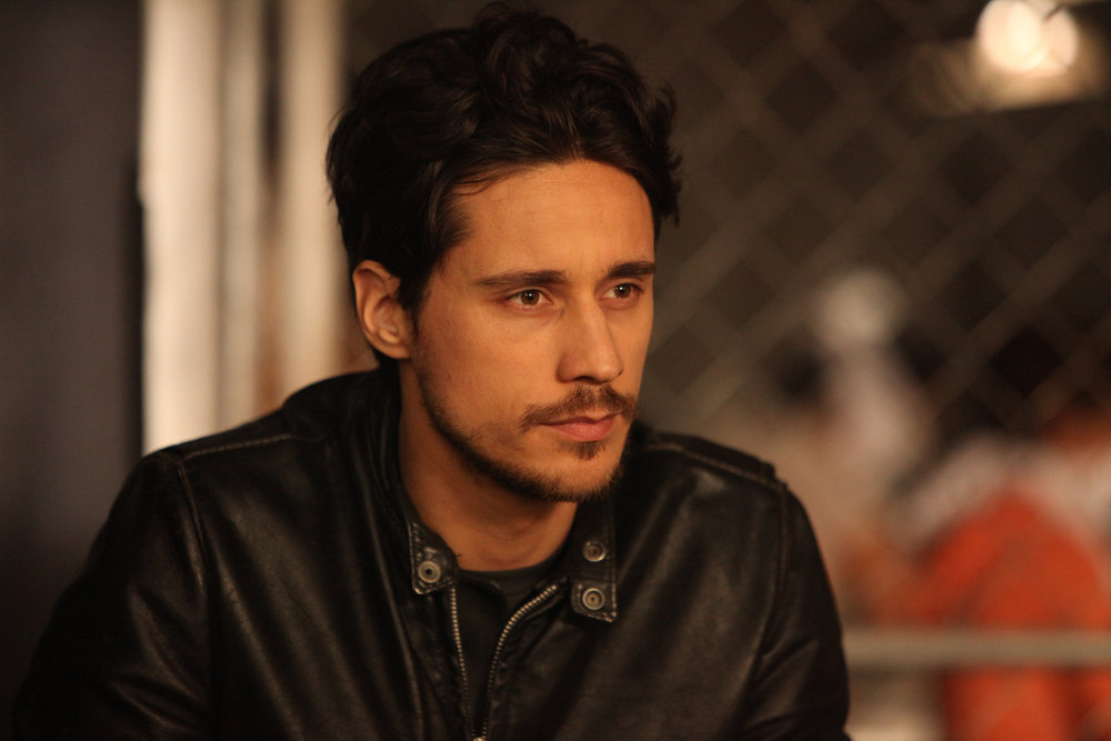 「peter gadiot queen of the south」の画像検索結果