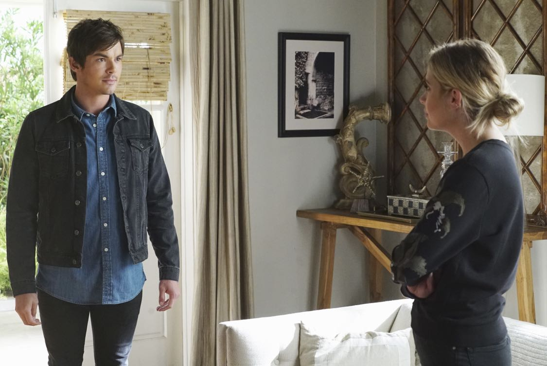 "PRETTY LITTLE LIARS - ""The Darkest Knight"" - The PLLs confront old foes head-on and mayhem ensues in ""The Darkest Knight,"" the summer finale of the hit original series ""Pretty Little Liars,"" airing TUESDAY, AUGUST 30 (8:00-9:00 p.m. EDT). Fans can catch up on all of the drama with an all-day marathon of season seven starting at 11:00 a.m. EDT and running up to the one-hour summer finale at 8:00 p.m. EDT. (Freeform/Ron Tom) TYLER BLACKBURN, ASHLEY BENSON"