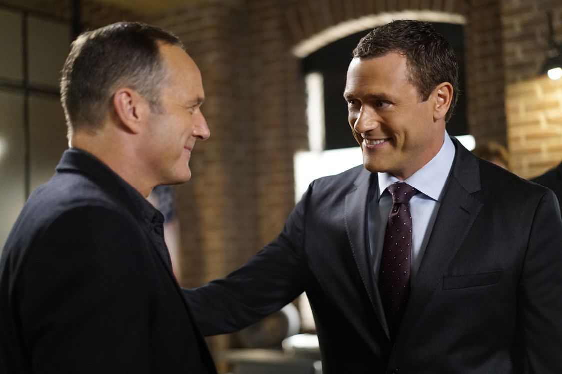 "MARVEL'S AGENTS OF S.H.I.E.L.D. - ""Meet the New Boss"" - Daisy goes to battle Ghost Rider at a terrible cost, and Coulson faces the new Director, and his bold agenda surprises them all, on ""Marvel's Agents of S.H.I.E.L.D.,"" TUESDAY, SEPTEMBER 27 (10:00-11:00 p.m. EDT), on the ABC Television Network. (ABC/Jennifer Clasen) CLARK GREGG, JASON O'MARA"