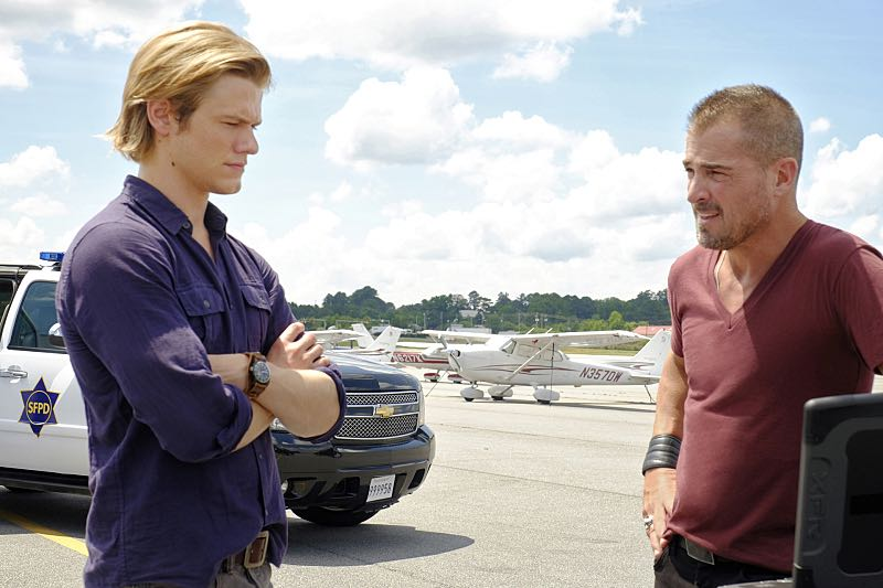 """MACGYVER, a reimagining of the classic series, is an action-adventure drama about 20-something Angus """"Mac"""" MacGyver, who creates a clandestine organization within the U.S. government where he uses his extraordinary talent for unconventional problem solving and vast scientific knowledge to save lives. It premieres Friday, Sept. 23 (8:00-9:00 PM, ET/PT) on the CBS Television Network. Pictured: Lucas Till, George Eads. Photo: Guy D'Alema/CBS ©2016 CBS Broadcasting, Inc. All Rights Reserved"""
