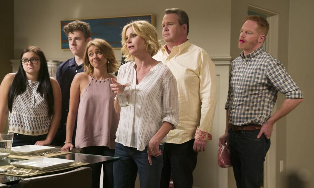 modern family season 8 episode 1 photos a tale of three cities seat42f