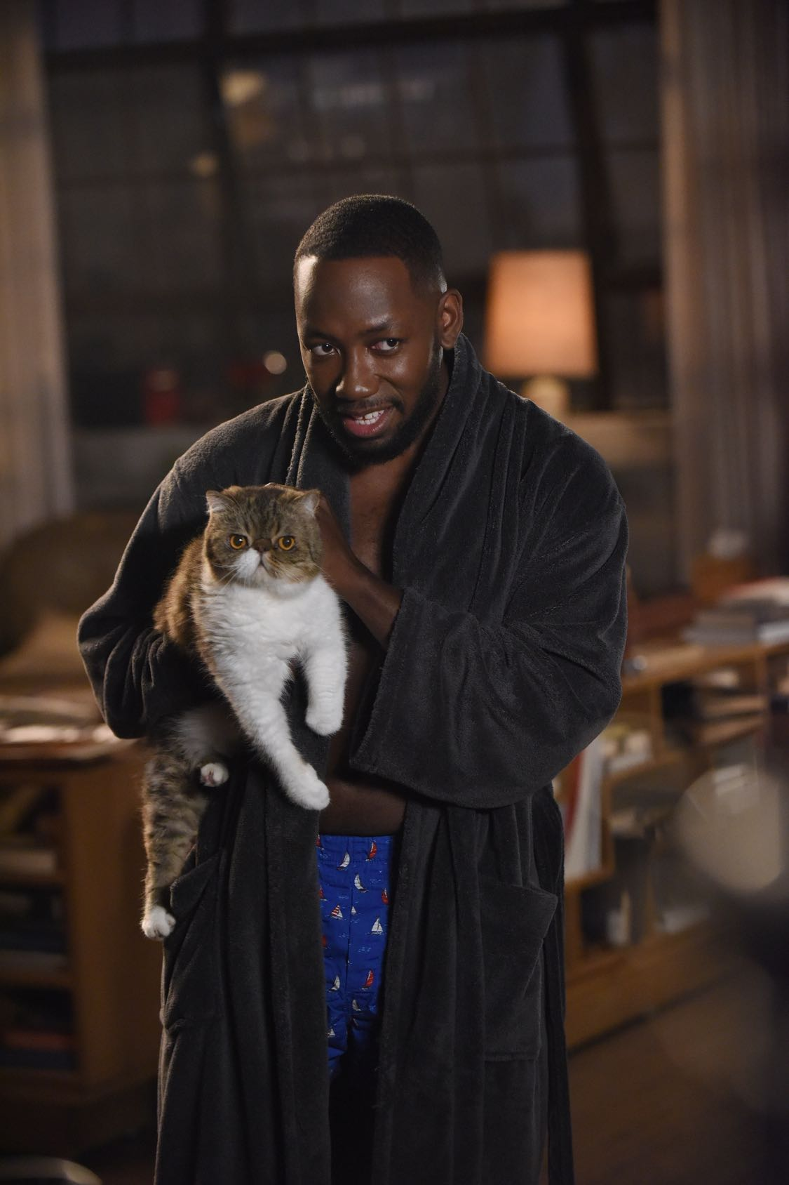 "NEW GIRL:   Lamorne Morris in the ""House Hunt"" season premiere episode of NEW GIRL airing Tuesday, Sept. 20 (8:30-9:00 PM ET/PT) on FOX.  ©2016 Fox Broadcasting Co.  Cr:  Ray Mickshaw/FOX"