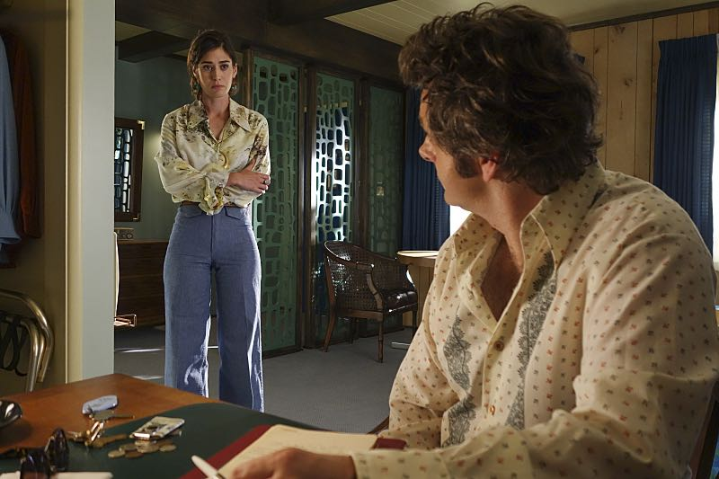 Lizzy Caplan as Virginia Johnson and Michael Sheen as Dr. William Masters in Masters of Sex (season 4, episode 8) - Photo: Warren Feldman/SHOWTIME - Photo ID: MastersofSex_408_0057
