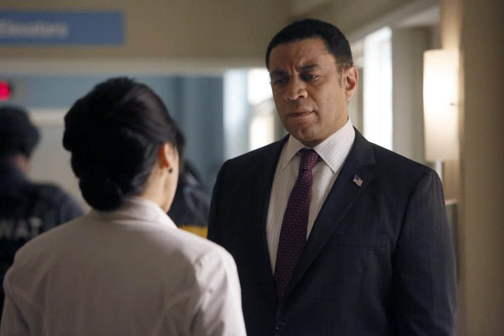 """THE BLACKLIST -- """"Dr. Jordan Shaw #98"""" Episode 407 -- Pictured: (l-r) Jodi Long as Col. Jane Wright, Harry Lennix as Harold Cooper -- (Photo by: Will Hart/NBC)"""