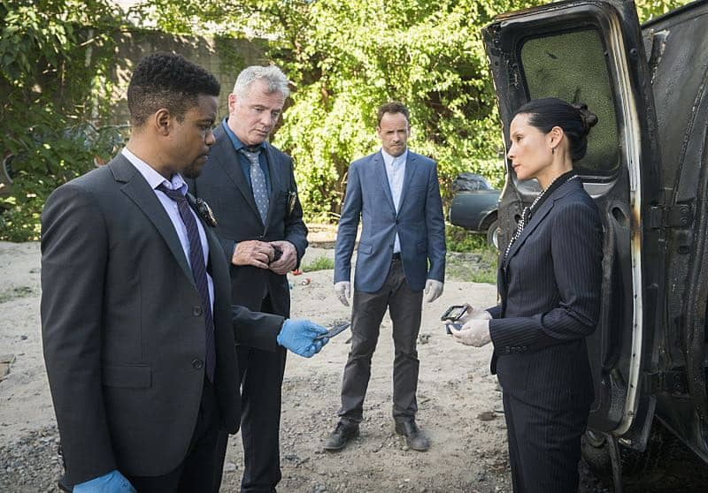 """""""Render, And Then Seize Her""""-- ELEMENTARY, Sunday,  (10:00-11:00 PM, ET/PT) on the CBS Television Network.  Photo: Michael Parmelee/CBS ©2016 CBS Broadcasting, Inc. All Rights Reserved"""