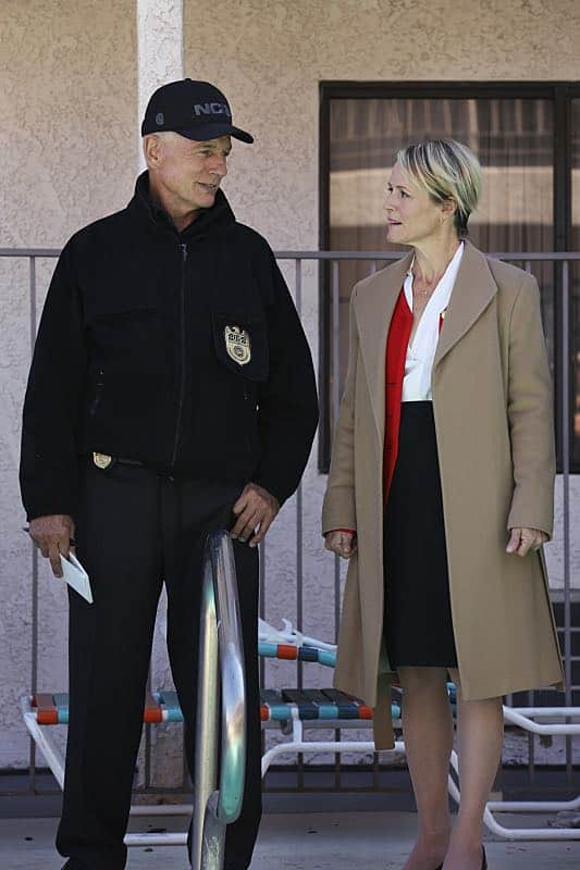 """""""Pay to Play"""" -- The NCIS team investigates a series of escalating threats against congresswoman Jenna Flemming (Mary Stuart Masterson), while Director Vance oversees temporary protection detail, on NCIS, Tuesday, Nov. 15 (8:00-9:00 PM, ET/PT), on the CBS Television Network. Pictured: Mark Harmon, Mary Stuart Masterson Photo: Michael Yarish/CBS ©2016 CBS Broadcasting, Inc. All Rights Reserved"""
