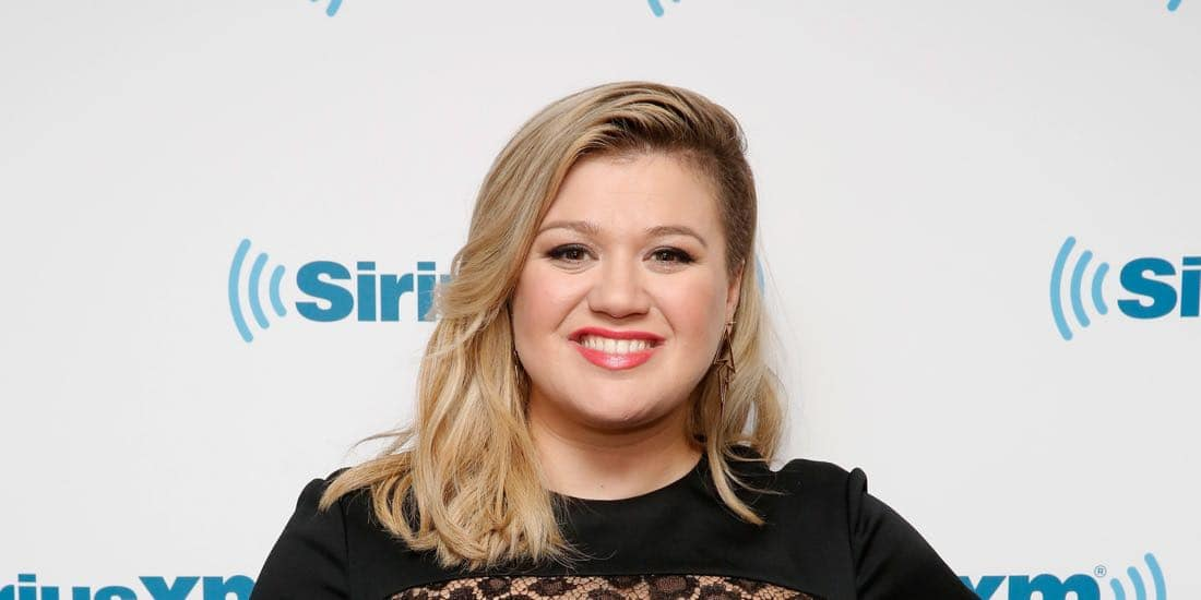 Kelly Clarkson Might Be One Of The Judges On American Idol Reboot